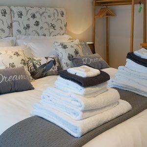 Super King Bedroom - Devon Self Catering