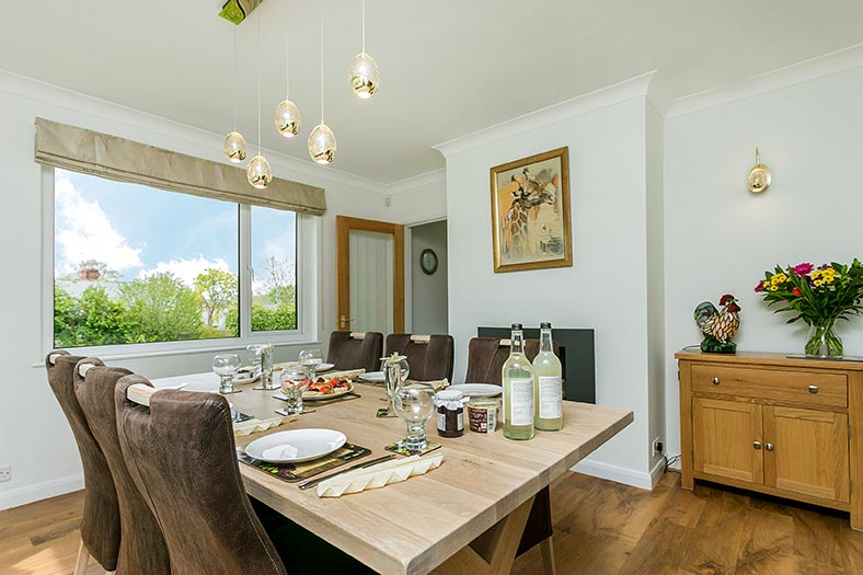 A modern dining room in North Tawton holiday cottage, Devon