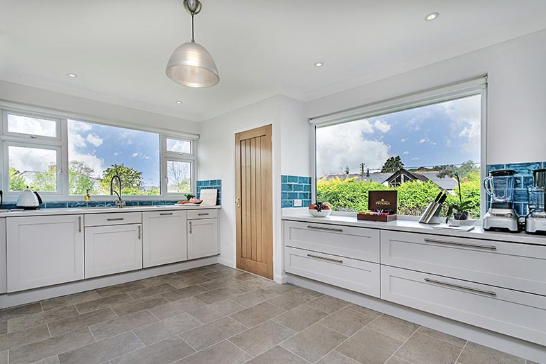 The holiday home of Clovehayes in central Devon has a fully equipped kitchen.